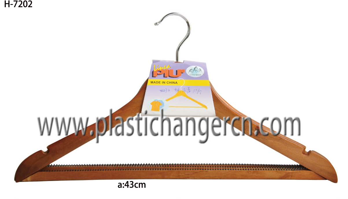 7202 wood  suit hanger
